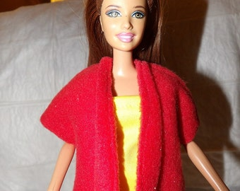 Solid red Fleece cape / vest for Fashion Dolls - ed904