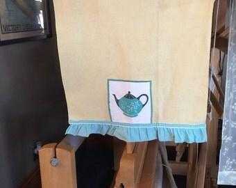 Vintage Tea Towel with Tea Pot