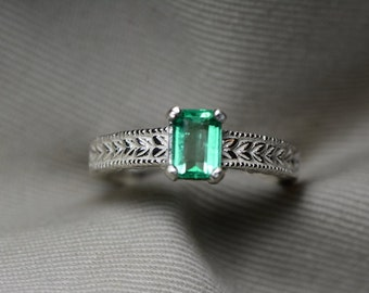 Emerald Ring, Colombian Emerald Solitaire Ring 0.73 Carats Appraised At 1022.00, Sterling Silver Size 7, Natural Sparkly Emerald Jewellery