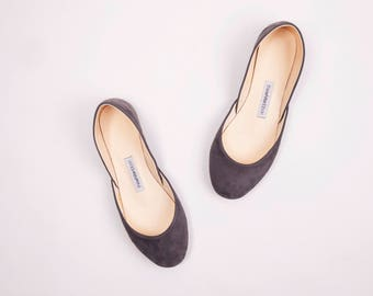 The Nubuck Ballet Flats in Ash Grey