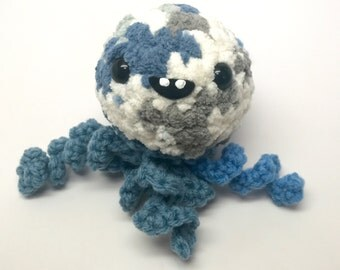 Crochet Jellyfish Plush / LJ the Jellyfish Amigurumi / Handmade Jellyfish Toy / Cute Jellyfish / Ready to Ship