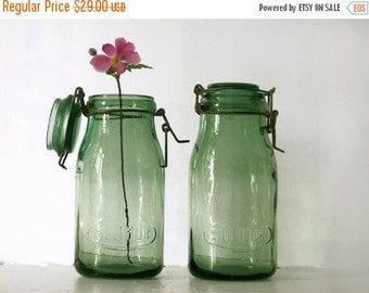 1 antique Green french canning jar ,SOLIDOR , medium Size, french country decor, green glass