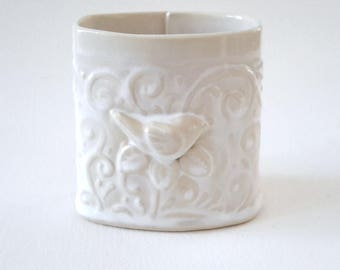 Pencil Holder // Desk Accessory //Ceramic Pencil Holder with Bird Leaves and Vines // Pencil Holder for Desk // Pen Holder // White Tan