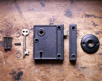 Vintage Cast Iron Rim Lock Barn Door Hardware with Original Key