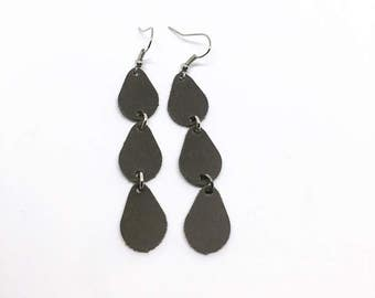 Triple raindrop earrings