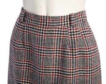 Vintage houndstooth midi skirt -- vintage plaid wool skirt -- 70s houndstooth pencil skirt -- size medium or small