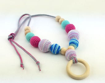 Nursing necklace, crochet wooden teething necklace