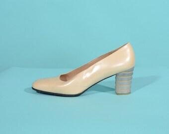 Vintage 1990s Cream Wedding Shoes - Lucite Heel - Stuart Weitzman Size 7
