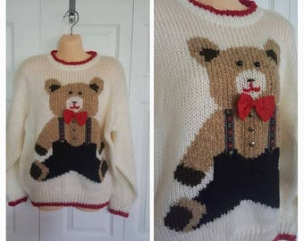 Bearly legal ... Vintage 80s teddy bear / 1980s novelty sweater / hipster knit pullover / slouchy oversize / kitsch ugly tacky / S M