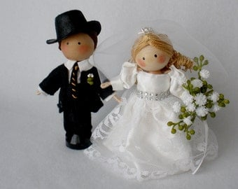 Wedding Clothespin Dolls, Bride and Groom Dolls, Cake Topper,  Anniversary Couple,  Blonde Bride, Brown Haired Groom, Pair of Dolls