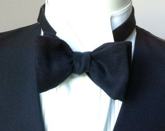 Custom bowtie, mens, midnight blue, 40s style - freestyle, self tie, for men, perfect for your summer wedding / groomsmen.