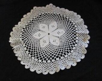 "Handmade Vintage Crocheted Doily 17"" Inch Round (#51)"