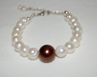Real Fresh Water Pearl Bracelet with adjustable closure Cream White Pearls Gift for Her Bridesmaid