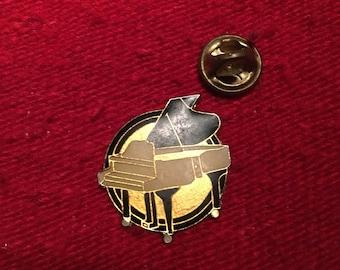 grand piano vintage lapel pin guitar yamaha fender gibson music 80s