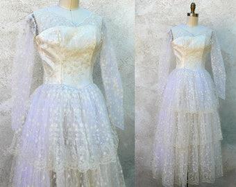 Vintage 1950 Ivory Tiered Wedding Dress, Schiffli Lace Gown, Petite Size Vintage Bride