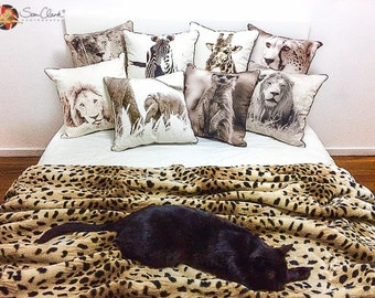Wild Living Cushion covers, animal cushion, African cushion, lion cushion, zebra cushion, giraffe cushion, cheetah cushion, gorilla cushion