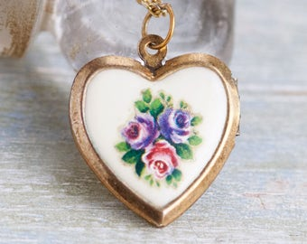 Heart Shaped Locket Necklace - Spring Flowers Photo Keepsake Pendant on Chain