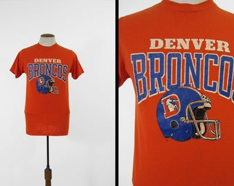 Vintage 80s Denver Broncos T-shirt Orange Crackled Football Tee - Medium