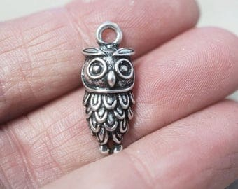 5 Metal Antique Silver Owl Charms - 24mm