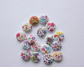 White Flower Buttons - Wood - 10 Count