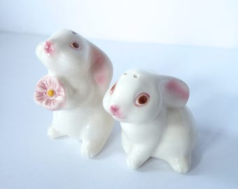 Vintage Avon Easter Bunny Rabbit Mates Hand Painted Ceramic Salt and Pepper Shakers