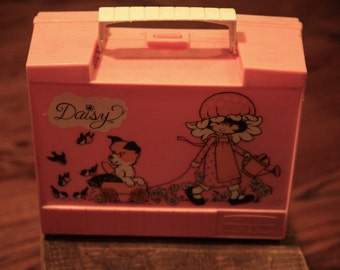 Vintage Kirby Martin 1975 Daisy Pink Lunchbox with Thermos - RARE!