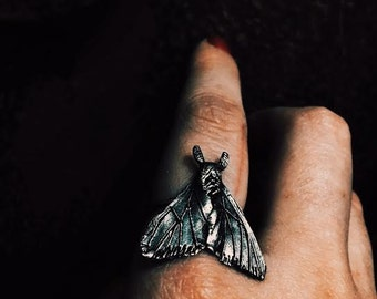 Dark Moth silver ring by Tales of O.