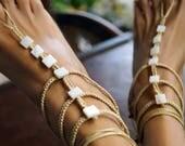 Gladiator Barefoot Sandals, Shell Barefoot Sandals, Boho Sandals in White/Beige, 1 Pair