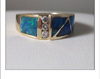 Vintage 14k Yellow Gold Austrialian Opal Diamond Band Ring