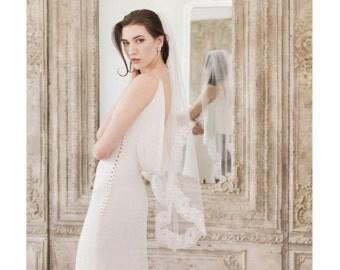 Lace Wedding Veil, Lace Veil, Fingertip length veil, Veil with lace, Bridal lace veil, Wedding Dresses, Bridal Accessories, Lace Bridal Veil