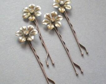 ON SALE Charming BRIDAL Rhinestone Hair Pins. Vintage Brass Flower Hair Jewelry. Gift . Chic Prom. Bride Maids. Shower Gift. Flower Girl. ch