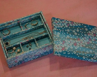 Multi-level Stacked Jewelry Box