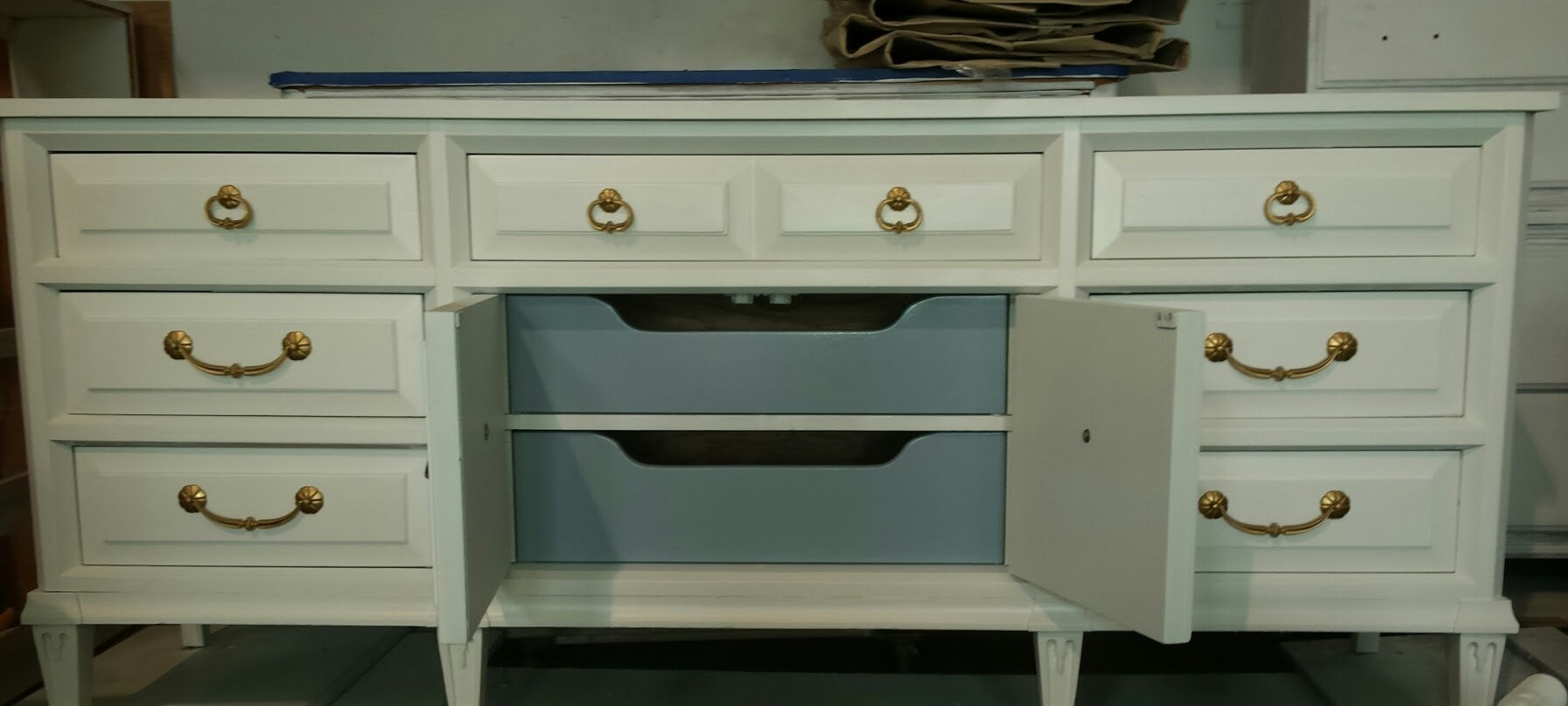vintage painted furniture, shabby chic, modern mid century, rustic, farmhouse, cottage, beach, country