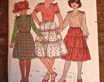 Butterick Vintage Sewing Pattern 6365 Girls size 10 Top, Skirt and Jumper. 1970's