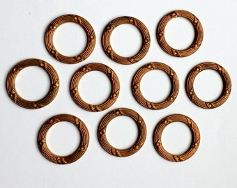 Vintage Brass Wreaths, Patterned Centerpiece, Jewelry Supplies, Jewelry Making, Gingerbread, Patina, US Made, 22mm, B'sue, Item0166