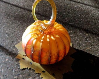 Blown Glass Pumpkin Medium size-Jack Pine
