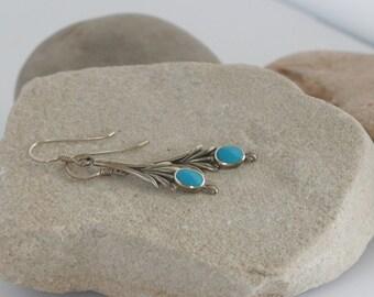 Sterling Silver and Turquoise Southwestern Dangle Pierced Earrings // Vintage Estate Jewelry // fruitsdesbois