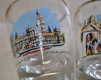 Vintage Set of 6  Shot Glasses depicting scenes of London