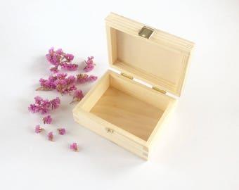 Small wooden box / wood box with lid / jewelry box / keepsake box / wooden case / unfinished wood box