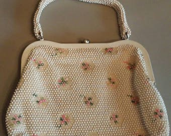 Vintage white beaded floral purse