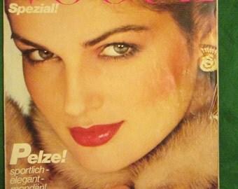 1979 European VOGUE Fashion MAGAZINE