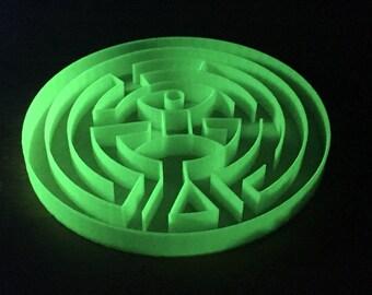 WestWorld Maze Model that Glows in the Dark