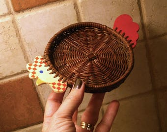 Small Wicker Rooster Basket Vintage Kitchen Decor Catch All Basket Keys, Jewelry, Doodad Holder