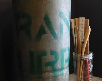 Vintage Galvanized Floral Bucket // Metal Vase // Rusty // Primitive