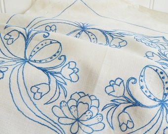 "Embroidered linen tablecloth, vintage Swedish table decor, blue stitches ,    22"" x 22 "" , please read all details"