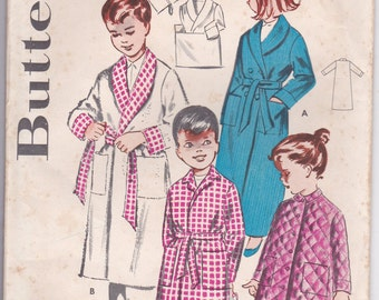 1960's Sewing Pattern - Butterick  9056 Childs Dressing Gown/Robe size 2 factory folded complete