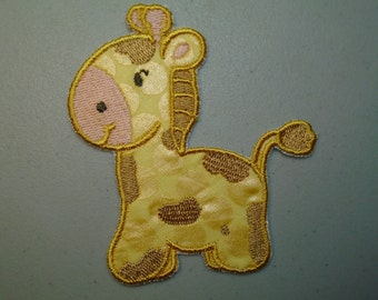 Iron on or sew on applique or patch of  a giraff