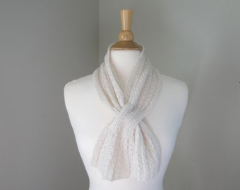 Pull Through Scarf, Ivory Cream, Pure Cashmere, Natural Fiber, Pure Luxury, Light Neck Warmer