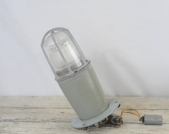 Crouse Hinds Explosion Proof Light Industrial Lighting VMVH2100G Original Glass