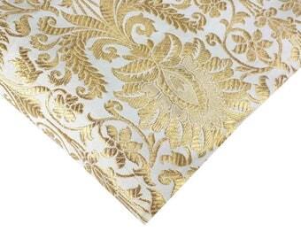 Tela del brocado de oro y Marfil por el patio - vestido tela, brocado Banarasi, brocado de seda, brocado por la yarda - tela de Indias, coser tela